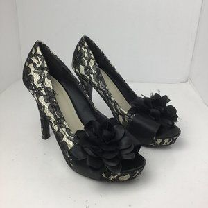Dolce by Mojo Moxy Lace Floral Heel Black Size 9